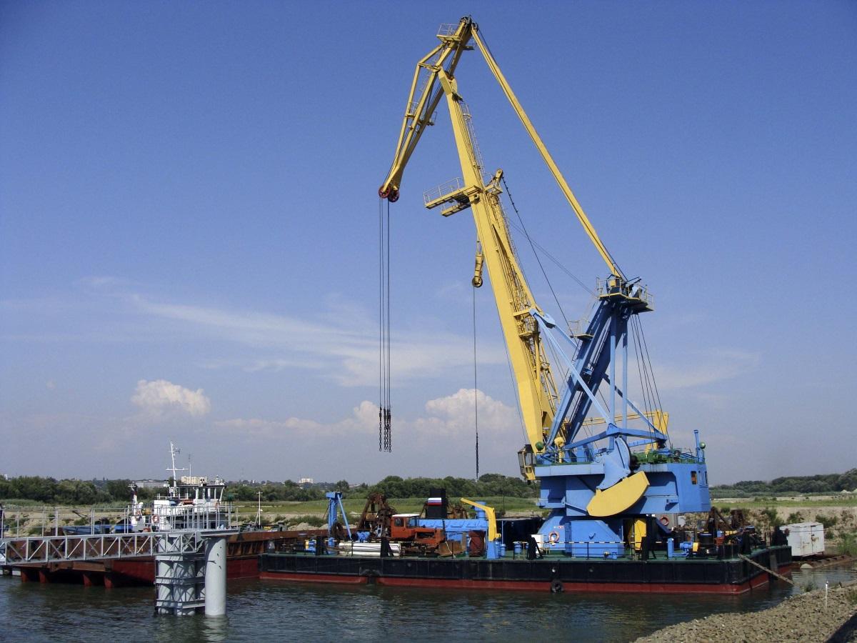Погрузочно разгрузочные работы водным транспортом